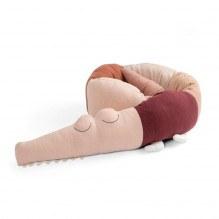 Sebra Sleepy Croc stickad kudde - Dreamy Rose